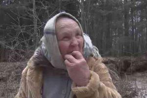 Hanya makan pasir, nenek ini malah sehat dan sembuh dari tumor otak