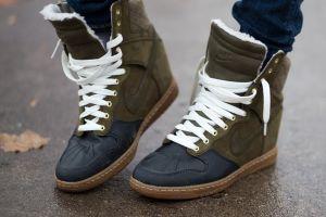 5 Sneakers terbaru ini bikin penampilanmu makin up-to-date