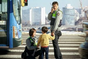 3 Alasan penting kenapa kamu harus nonton drama Korea 'Live'