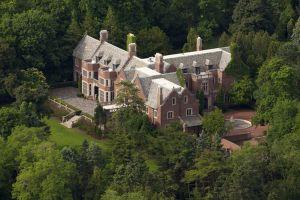 Schweppe Mansion, rumah mewah bak istana ini menyimpan kisah mistis