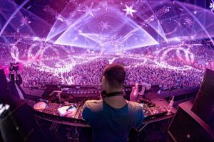 5 Alasan musik EDM bikin generasi kekinian Indonesia tergila-gila