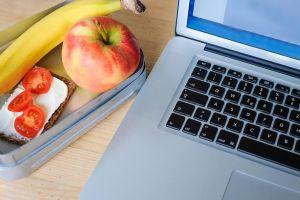 5 Ide camilan sehat buat kamu pekerja kantoran, dijamin seger terus