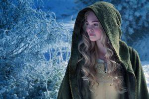 10 Pesona anggun Elle Fanning, pemeran si Putri Tidur di Maleficent 2
