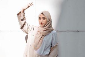 Yuk intip fashion hijab 2018 yang bisa kamu tiru