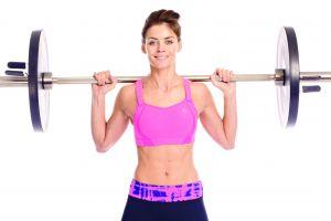 Wanita akan kekar jika angkat beban? Simak dulu penjelasannya