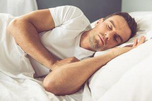 Hindari 3 kebiasaan ini agar tidurmu lebih berkualitas