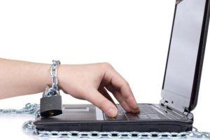 Kamu kecanduan internet? Ini 5 cara mengatasinya!