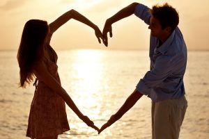 Putusin segera pacarmu kalau punya 4 sifat ini, pacaran nggak sehat