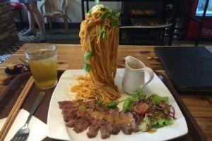 10 Restoran ini punya cara unik dalam menyajikan makanannya