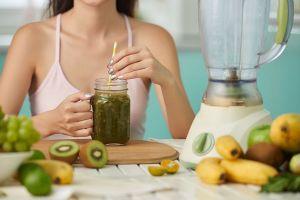 5 Minuman sehat dan alami yang cocok untuk diet