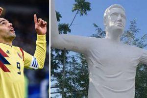 Dibuatkan patung, muka Radamel Falcao tak semirip aslinya