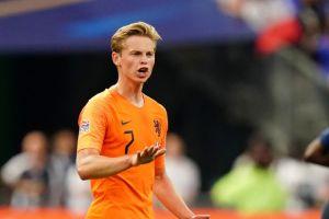 Frenkie De Jong yang diperebutkan Ajax, Barcelona, & Tottenham Hotspur