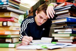Hati-hati, terlalu banyak belajar dapat sebabkan 5 dampak buruk ini