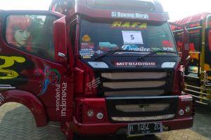 Si Bawang Merah, truk ala Transformer yang sikat penghargaan keren