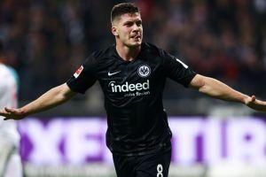 Luka Jovic cetak rekor pemain termuda yang membuat 5 gol di Bundesliga