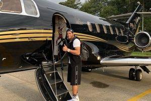 Bergaji 6,5 miliar rupiah per minggu, Hulk pamerkan jet pribadinya