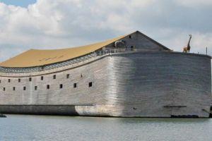 Pria ini membuat replika kapal Nabi Nuh seukuran asli, mirip!