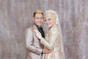 10 Foto resepsi pernikahan Hanifan-Pipiet, dihadiri presiden & artis