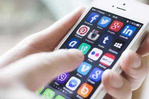 Media sosial berubah fungsi, jangan sampai 'baper' ketika mengaksesnya
