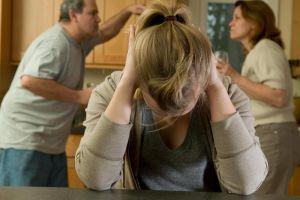 8 Dampak yang dapat dialami anak korban broken home saat dewasa