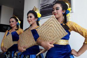 3 Fakta di balik tari kolosal Ronggeng Geber Bandung