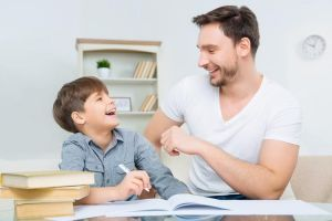 Pentingnya memberi rewards bagi anak, ini bentuk, tujuan & manfaatnya