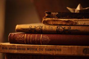 Kenapa sih harus baca buku? Ini 4 manfaat yang bisa kamu peroleh
