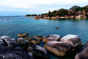 8 Potret kecantikan Pantai Tanjung Tinggi, Belitung yang memesona