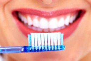 Jaga kesehatan gigi, begini 6 cara menyikat gigi dengan benar