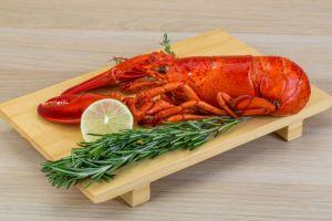 Dulu tergolong sebagai makanan murah, kini lobster jadi santapan mewah