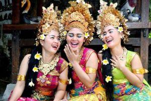 Pesona kecantikan wanita Indonesia, dari Pulau Sumatra hingga Papua
