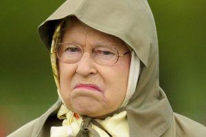 8 Ekspresi langka Ratu Elizabeth II yang tertangkap kamera