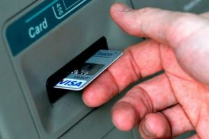 Akankah kita ucapkan selamat tinggal pada kartu ATM?
