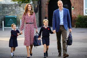 8 Momen hari pertama sekolah Putri Charlotte dan Pangeran George