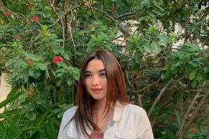 10 Potret Karen Claudia, pemain sinetron Fatih di Kampung Jawara