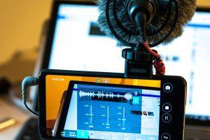 Begini cara kreatif mengubah smartphone menjadi camcorder