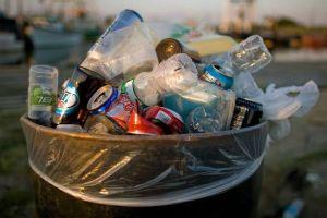 Kenali 3 jenis sampah yang ada di rumah dan cara penanganannya
