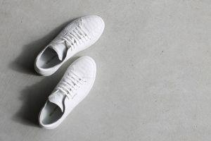 Membuat pembersih sepatu dengan campuran 3 bahan sederhana