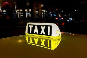Antisipasi begal, taksi online ini pasang kerangkeng besi dalam mobil