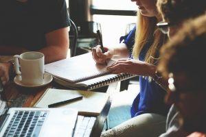 3 Solusi mengatasi tugas kuliah yang menumpuk