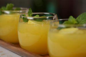 Usir lemak dengan 4 minuman alami yang serba segar