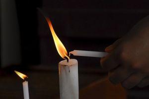 3 Kegiatan seru yang dapat dilakukan bareng keluarga saat mati lampu