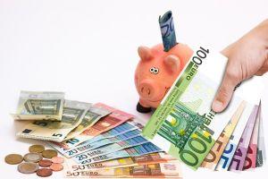 5 Tips menabung dan menghemat gaji ala milenial