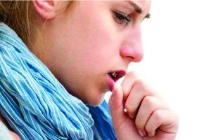 5 Cara alami dan efektif untuk mengeluarkan dahak mengganggu