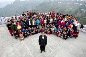 5 Keluarga besar ini punya jumlah anak yang bikin melongo