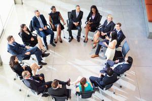 Mengenal 3 bentuk perilaku manusia dalam kelompok