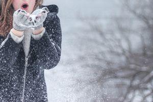 5 Mitos soal udara dingin yang perlu kamu tahu