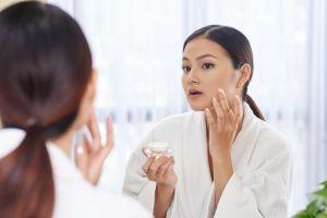 Jika terlalu sering dilakukan 4 perawatan wajah ini bisa merusak kulit