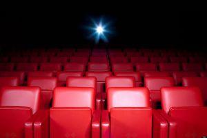 Apakah review mampu memengaruhi keputusan orang untuk menonton film?
