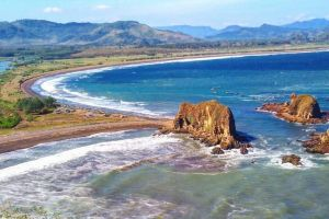 7 Pantai hits di Jember ini perlu dimasukkan dalam agenda liburan